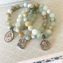 Load image into Gallery viewer, Aquamarine Stacking Bracelet with Vintage Inspired Arizona Charm