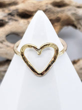 Load image into Gallery viewer, Heart Ring