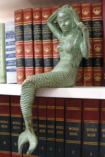 Cast Iron Mermaid - CENTURIA