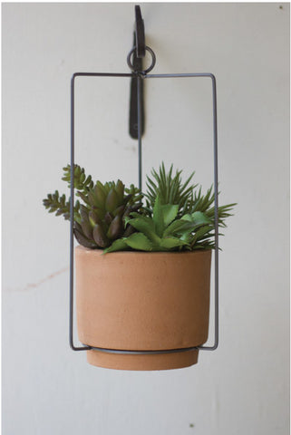 Hanging Clay Planter - CENTURIA