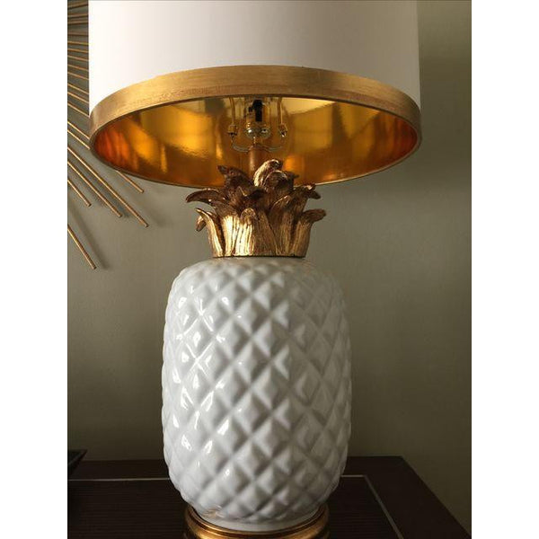 Palm Beach White & Gold Pineapple Lamp - CENTURIA