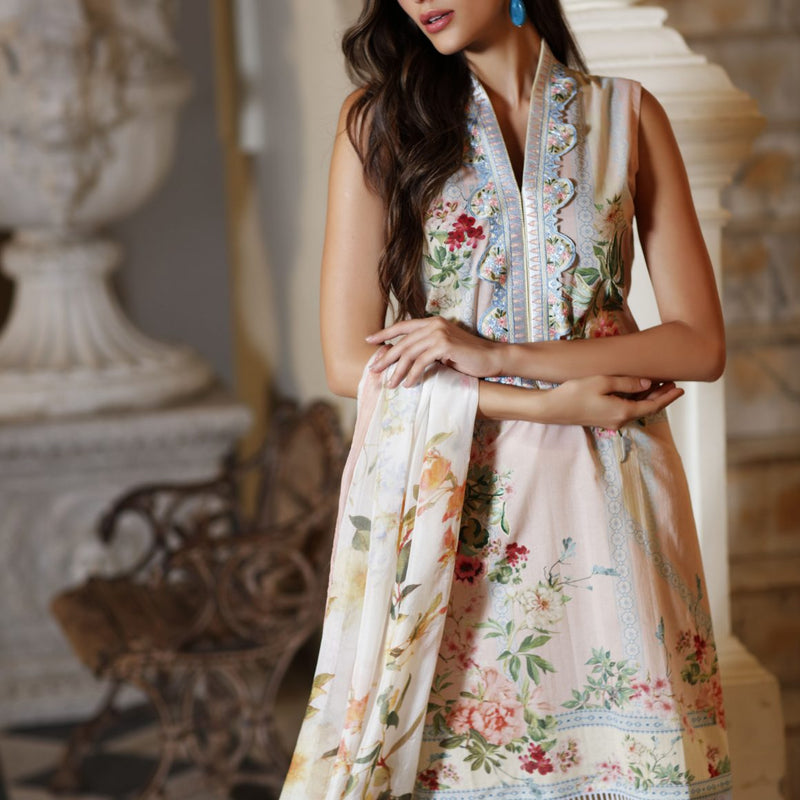 LATEST AND TRENDING LAWN DRESSES DESIGNS IN PAKISTAN FOR SUMMER 2019