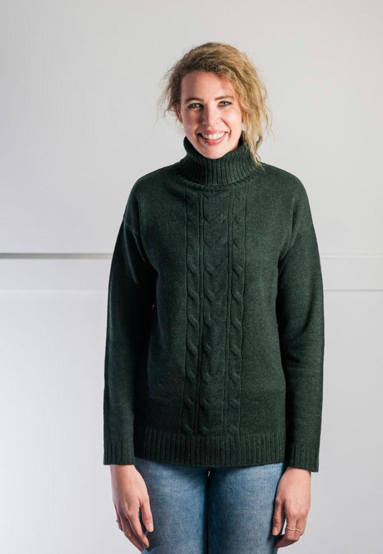 CABLE ROLL NECK - FOREST GREEN