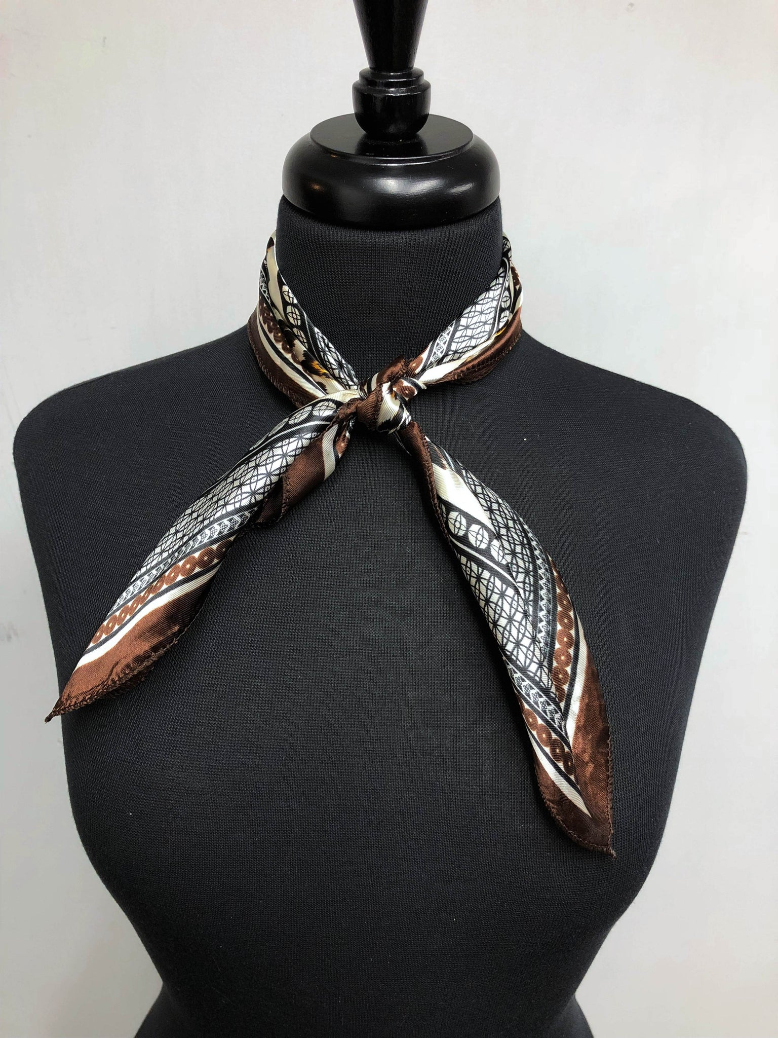 Black, Brown & Cream Cheetah Chain Scarf