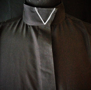 Ribbon V Wrap Collar Coolmax Hunt Shirt - Black