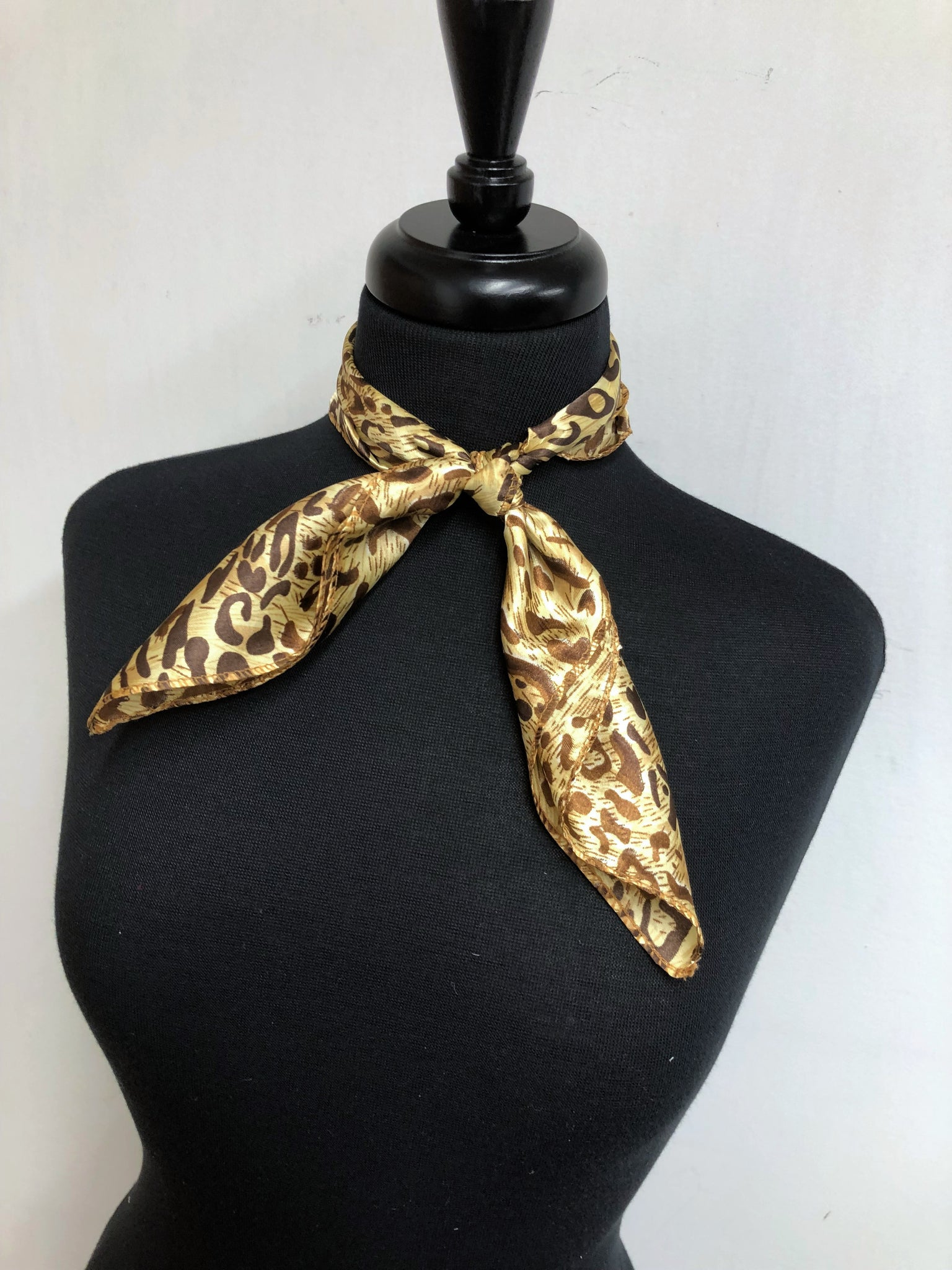 Brown & Tan Leopard Scarf