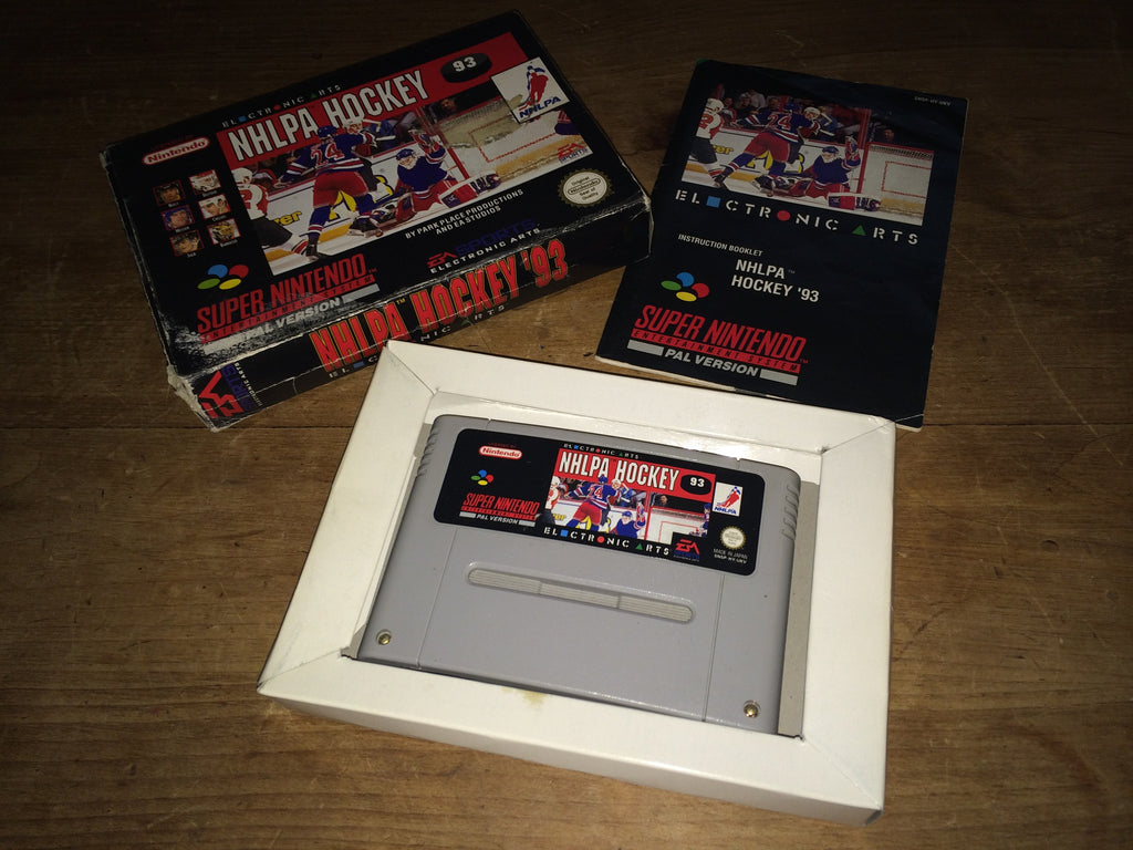NHLPA Hockey '93 (SNES)