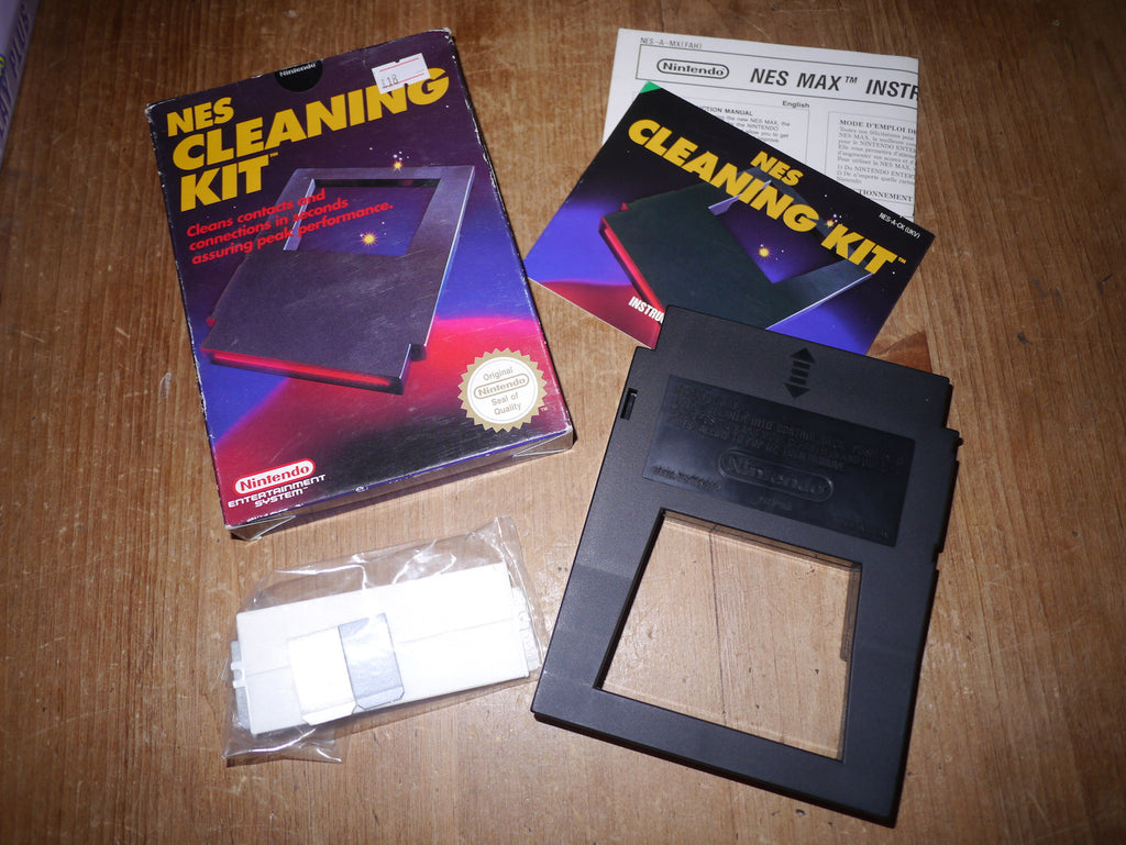 Nintendo NES Cleaning Kit (Boxed)
