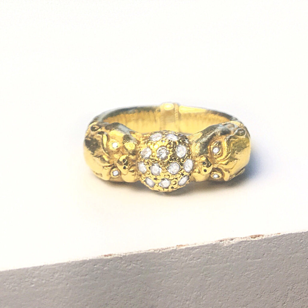 18k Gold Dragons Love World Ring
