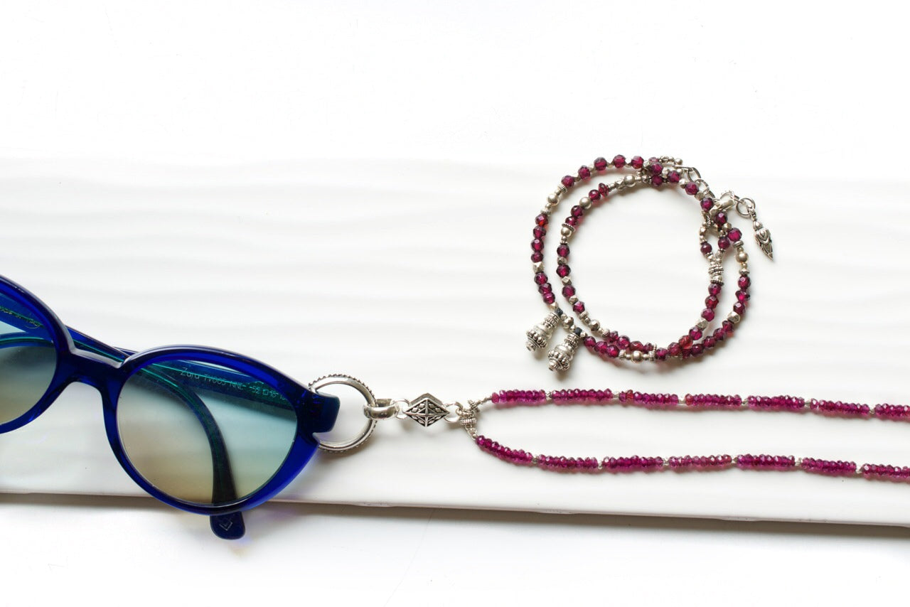 Garnet and Silver Eyering Necklace