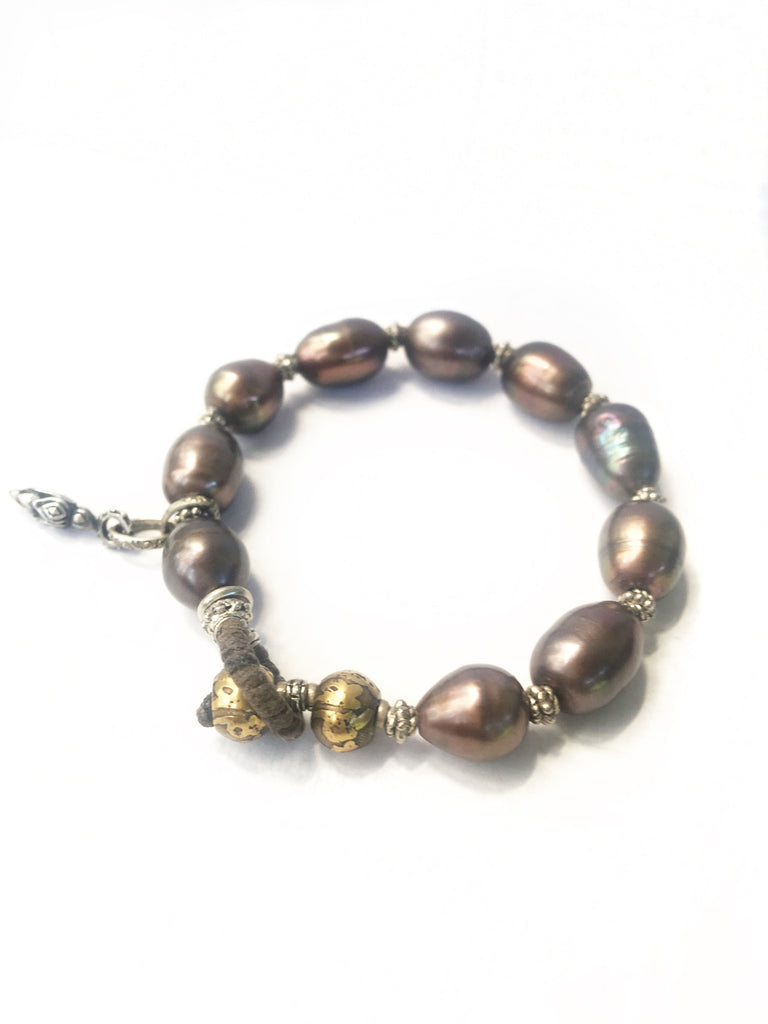 Baroque Pearl Style Beaded Toggle Bracelet
