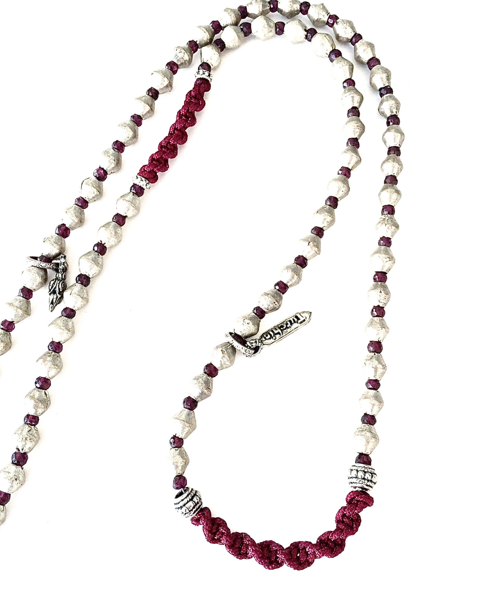 Creative Garnet Tusk Necklace detail