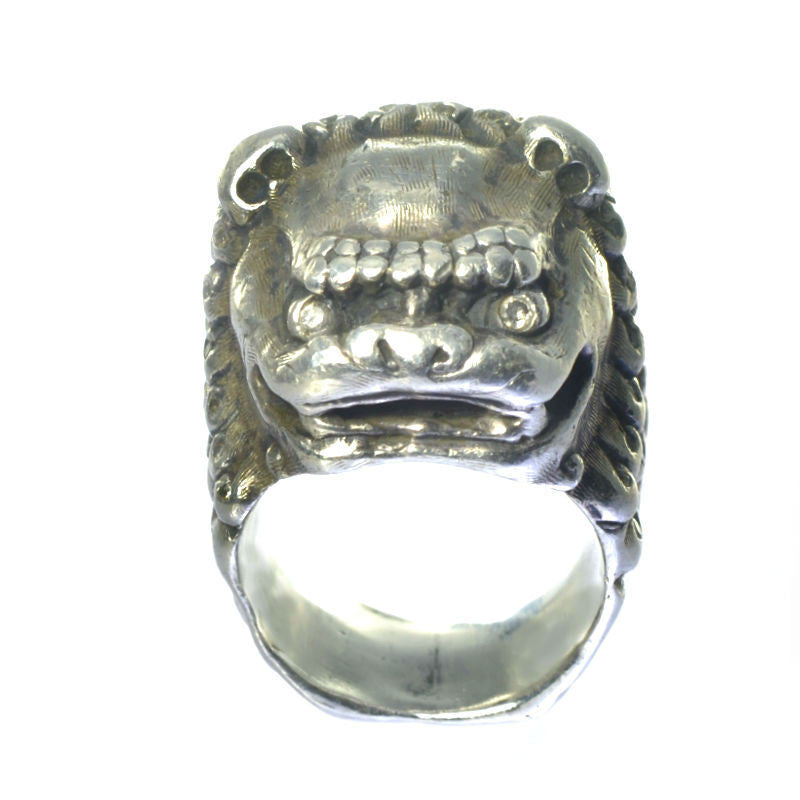 Sterling Silver Foo Dog Ring detail