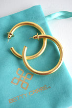 "BETTY CARRE 1.5"" GOLD HOOPS"
