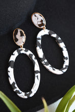 MARBLE OVAL EARRINGS
