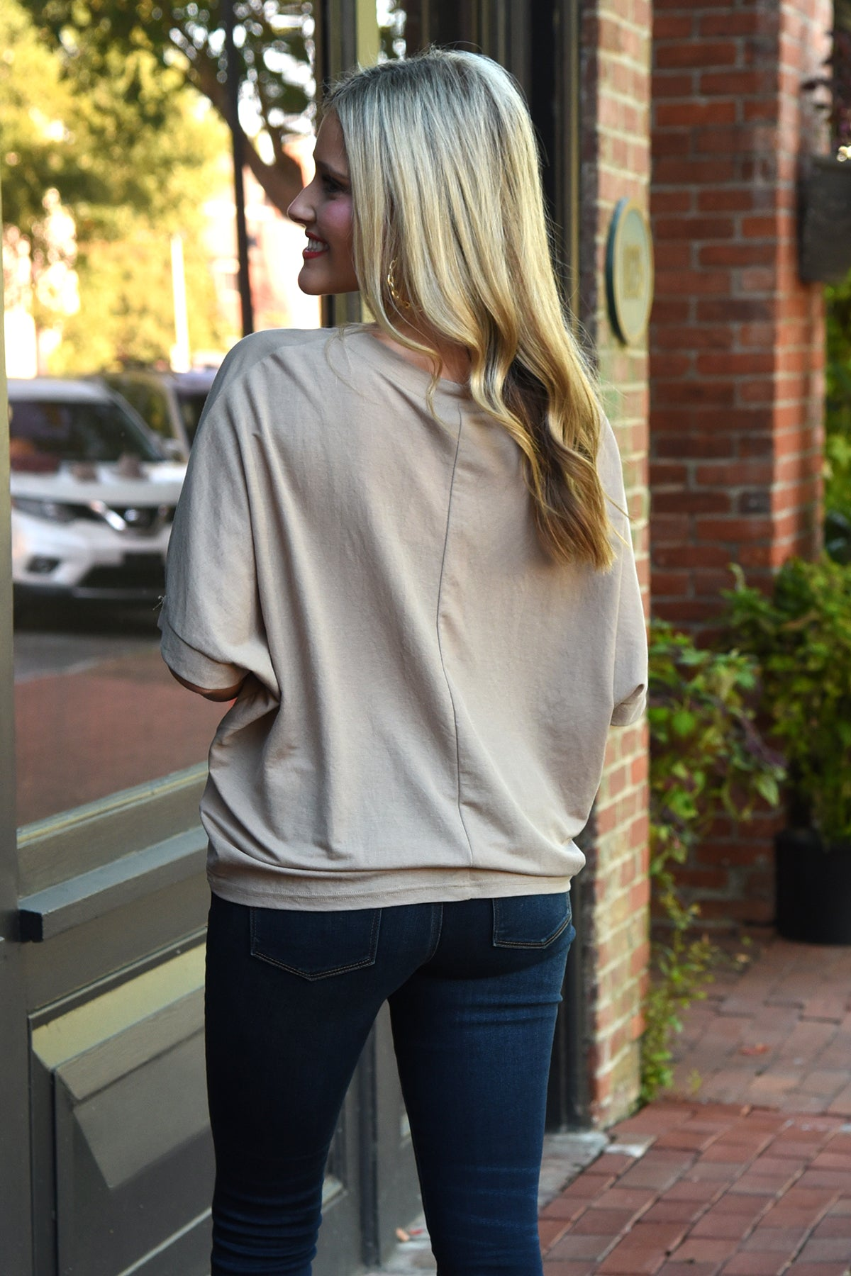 PLAY IT COOL TOP -TAUPE