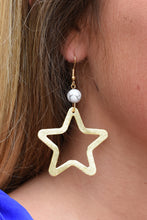 SHIRA MELODY STAR EARRINGS -WHITE