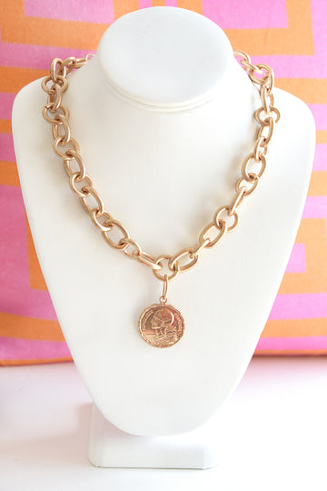 GOLD COIN CHAIN LINK NECKLACE