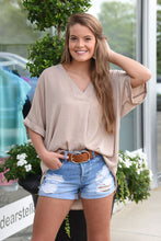 GATHER TOGETHER TOP -TAUPE