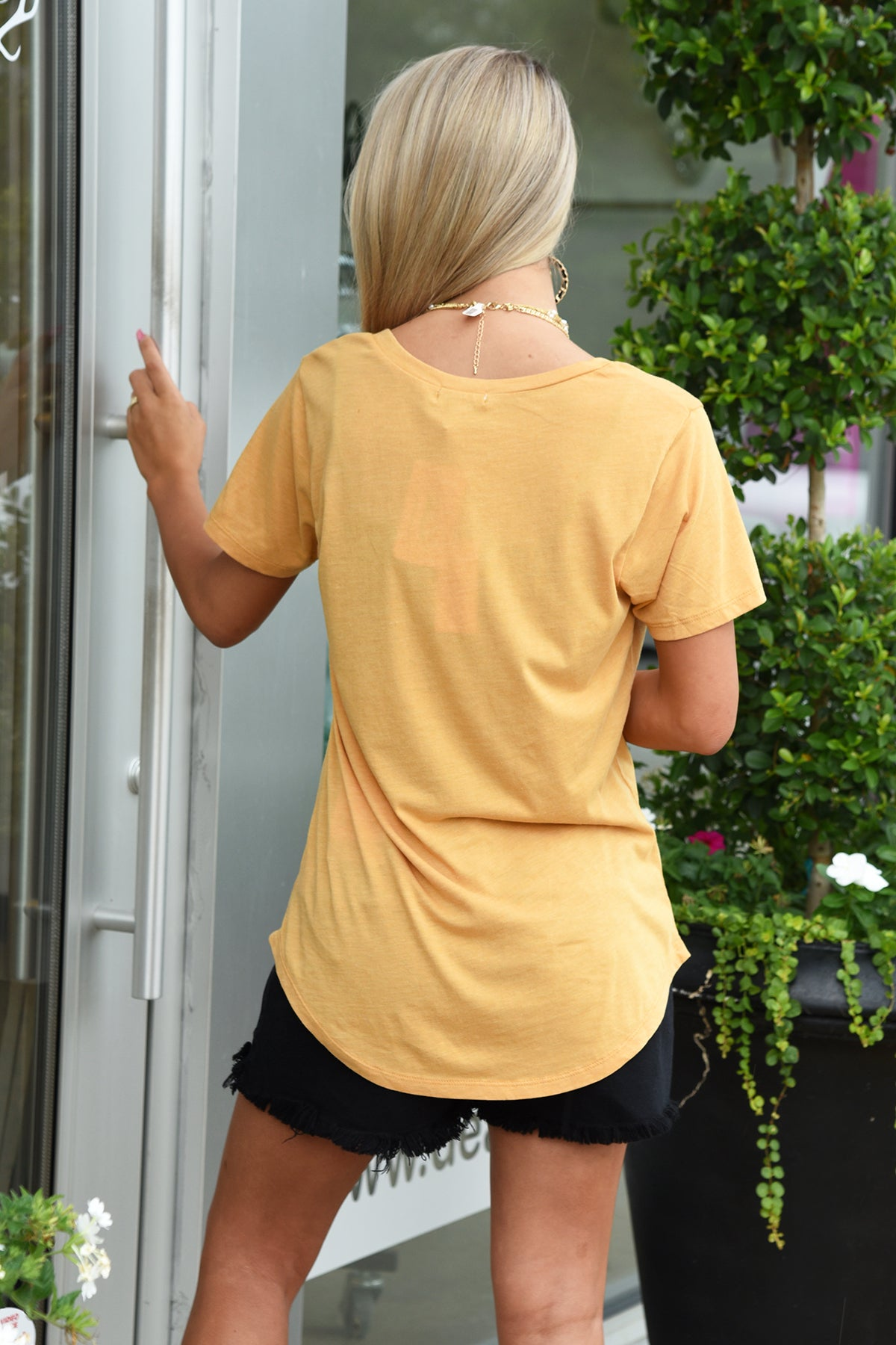 Z SUPPLY POCKET TEE -MARIGOLD
