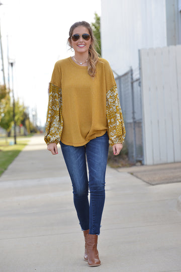 WON'T WALK AWAY TOP - Dear Stella Boutique