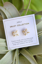 JAX KELLY WHITE DRUZY STUDS