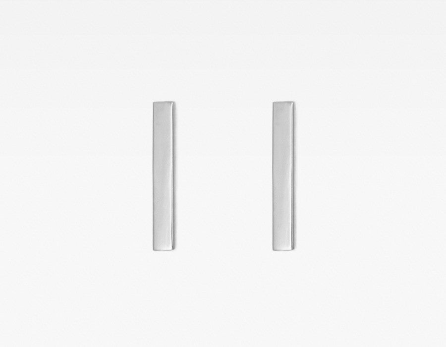 14k White Gold Line Bar Earrings