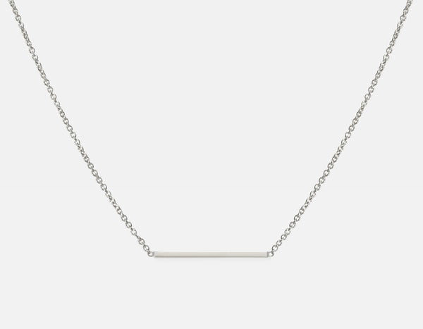 18k White Gold Line Necklace