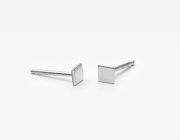 14k White Gold Small Square Stud Earrings