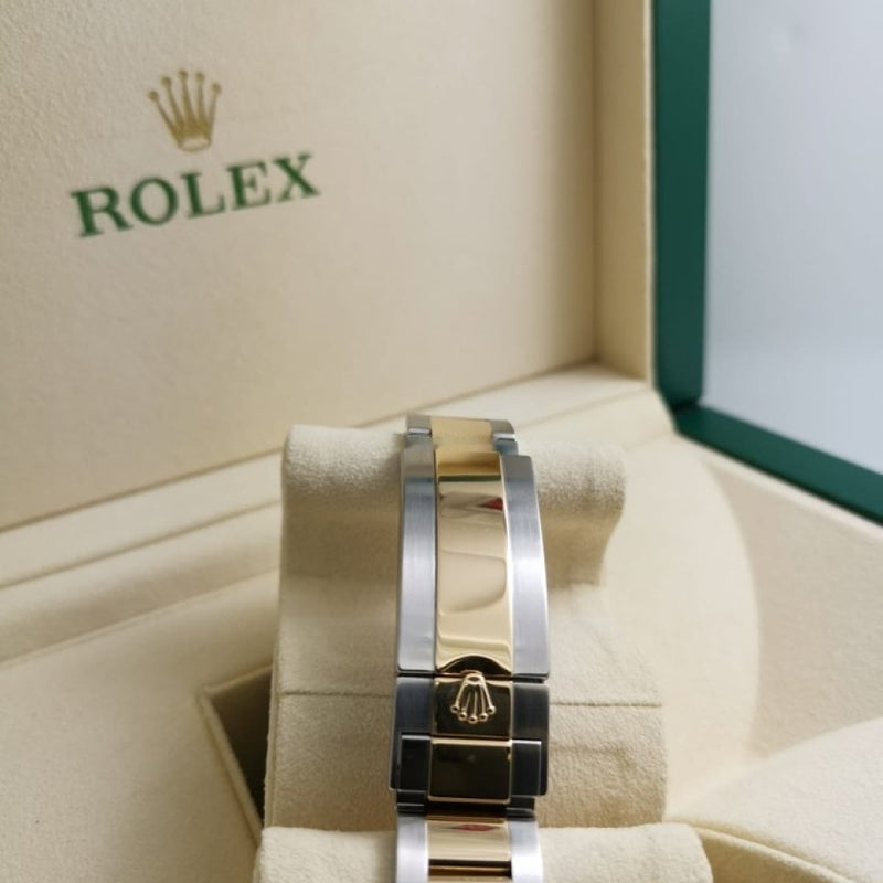 Rolex NEW 116613LB SUBMARINER(DATE) 18kt GOLD & STEEL BLUE 8DAY
