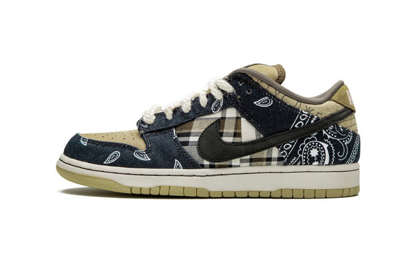 NIKE SB DUNK LOW -TRAVIS SCOTT