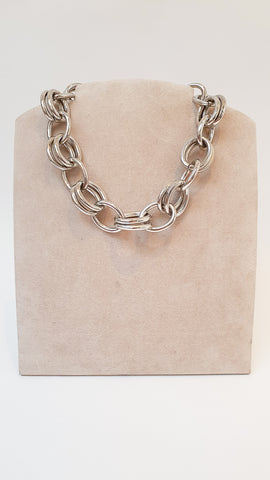 Trendy silver plated chunky choker with lobster claw.  Made in New York.