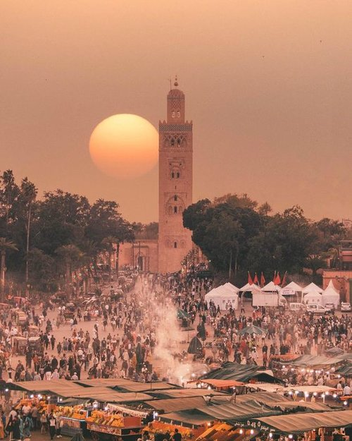 Marrakesh: The Dazzling City