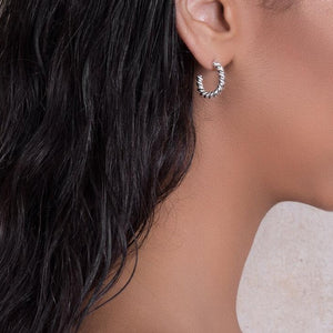 Moroccan Birds: Small twisted hoop earrings