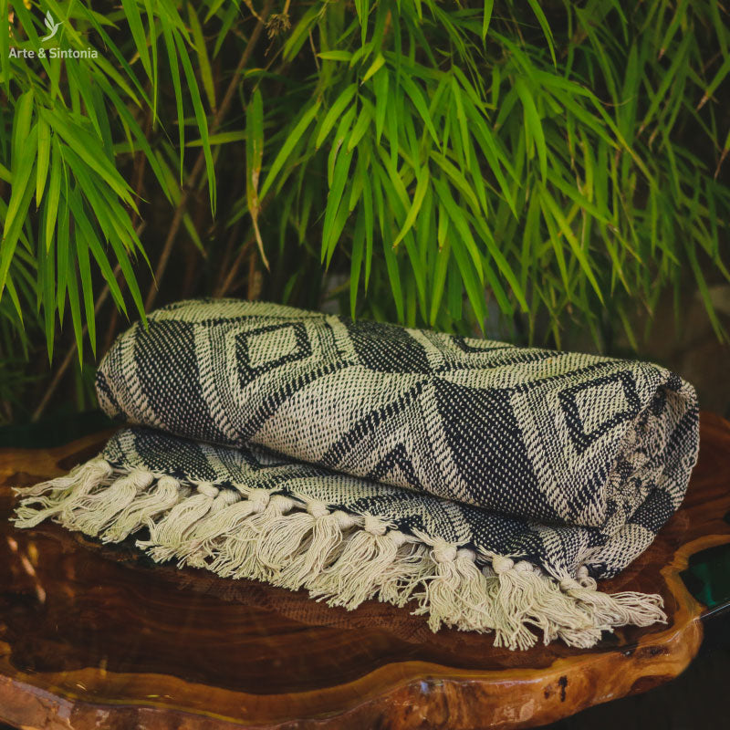 blanket-sofa-handwoven-indian-art-decor-manta-colorida-indiana-india-franjas-boho-home