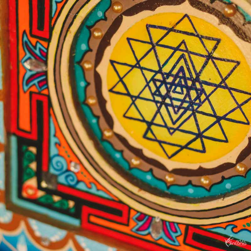 mandala colorida hinduist symbol yantra decoracao parede zen