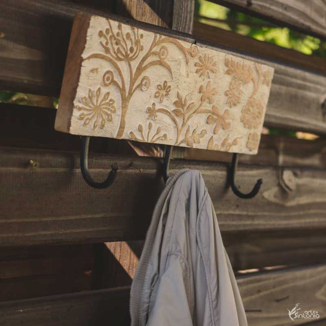 wooden-wall-coat-rack-wall-art-indian-placa-madeira-floral-entalhada-pintura-patina-ganchos-parede