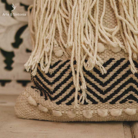 almofada-indiana-macrame-decorativa-home-decor-decoracao-boho-indiana-artesintonia-3