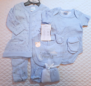"Baby boy's 7 Piece Baby-gro set ""Welcome to the World"""