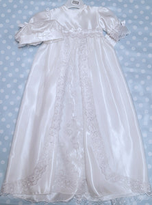 White Christening gown. Baby girl's Christening robe and hat set. Pex Denise Christening robe and hat.