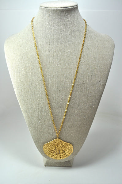 Gold Laser-Cut Shell Necklace.