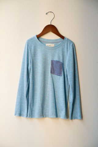pocket crew tee- light blue stripes