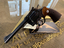 Laden Sie das Bild in den Galerie-Viewer, COLT Officers Match Revolver .22lr
