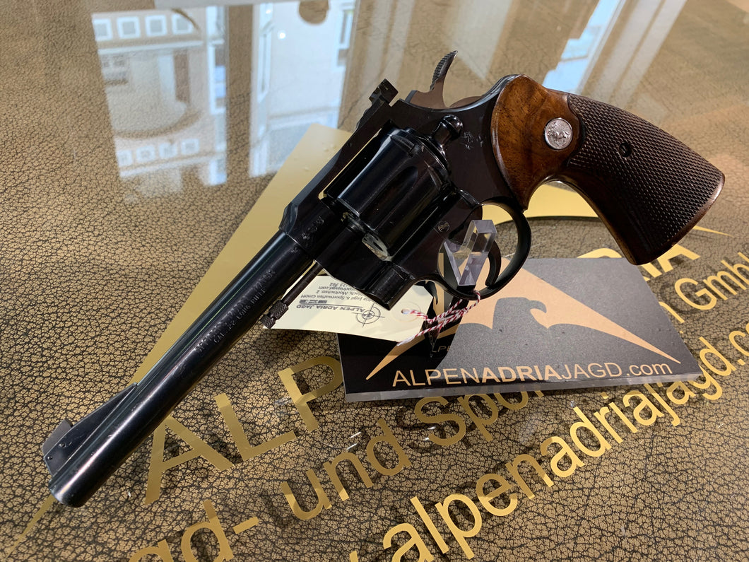 COLT Officers Match Revolver .22lr