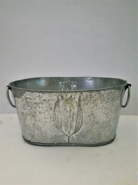 20CM Empty indoor silver metal trough with tulip design.