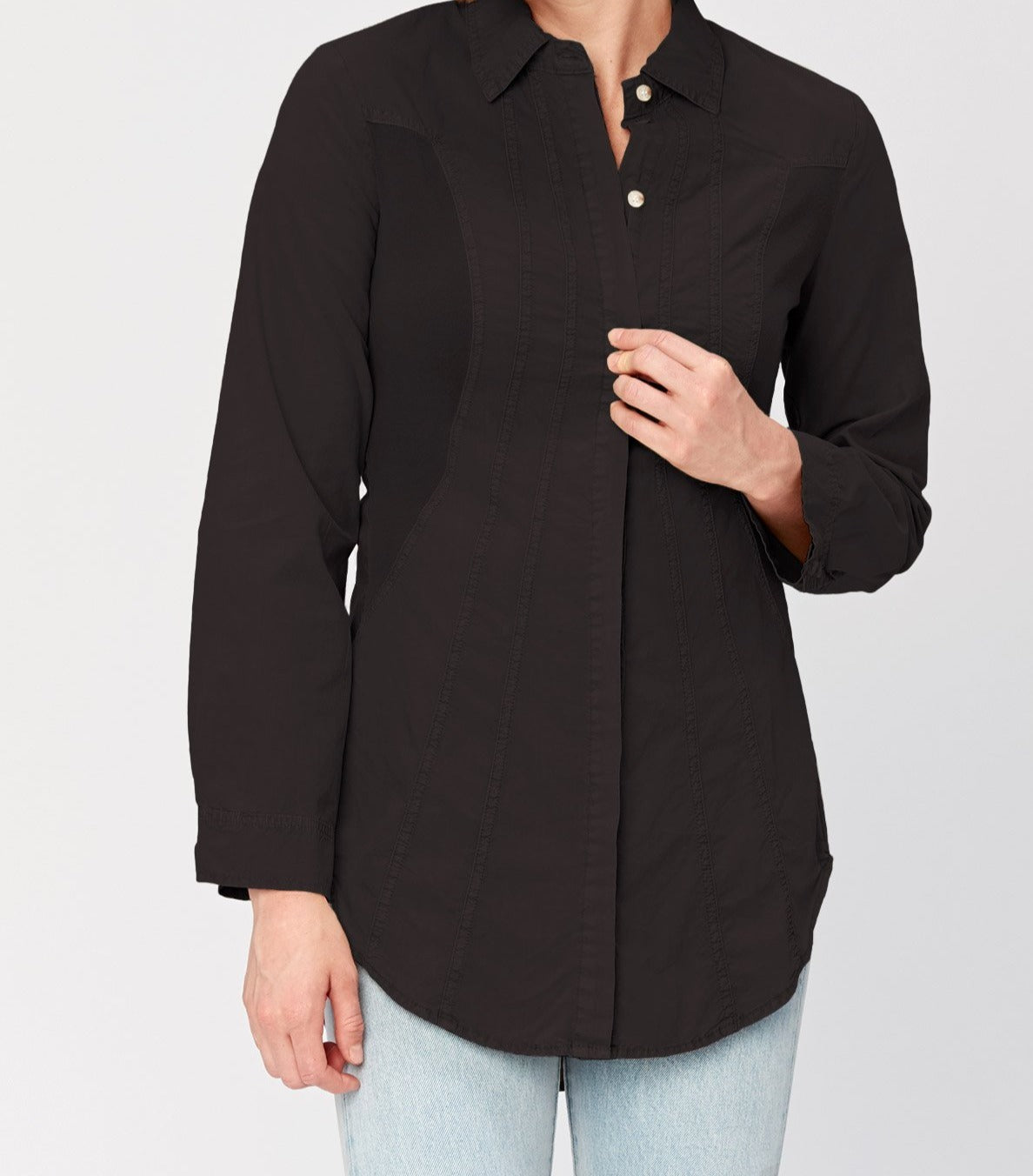 oan Button Up Shirt has hidden buttons at front, vertical style lines for added structure, two button cuffs, stretch cotton jersey inserts at sides for a flattering fit, and a fun lace-up back.
