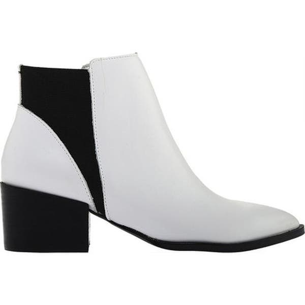 Finn Smooth Leather Booties