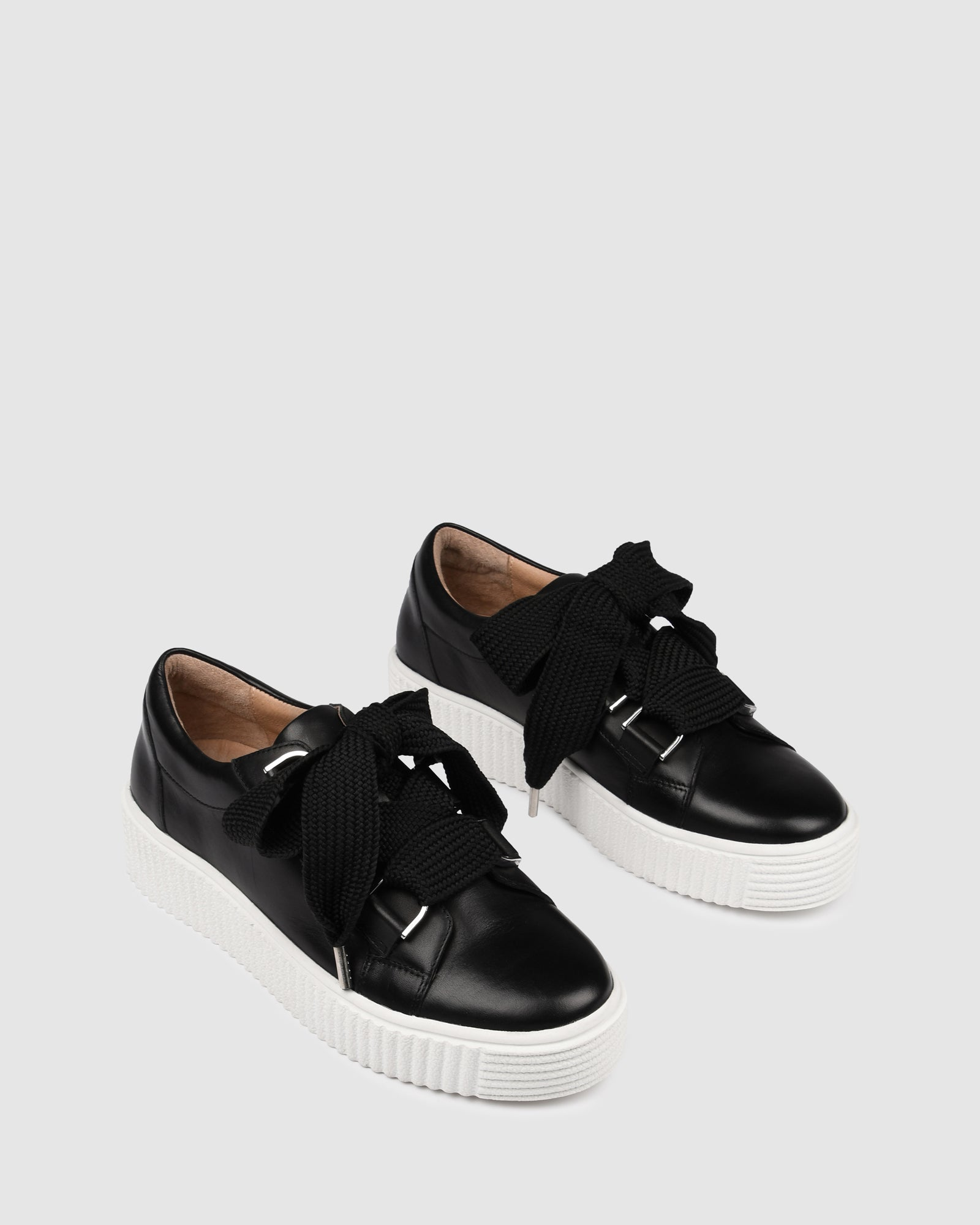 ALASKA SNEAKERS BLACK LEATHER