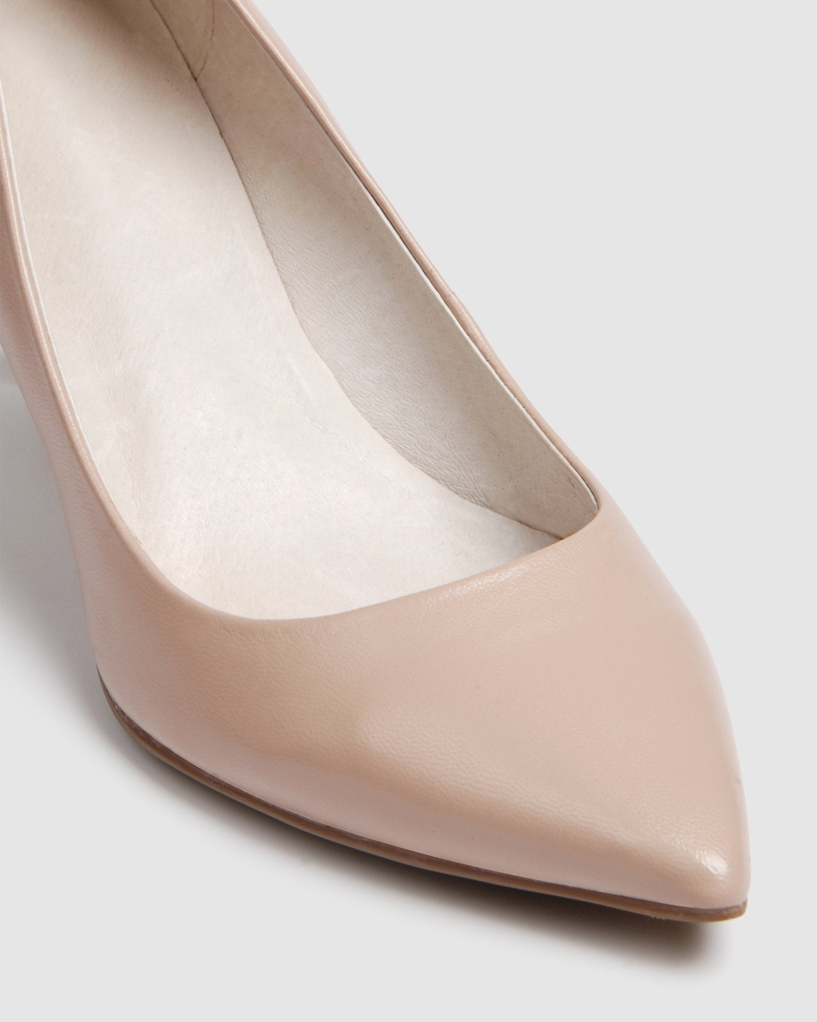 HOSTAGE MID HEELS LIGHT BEIGE LEATHER