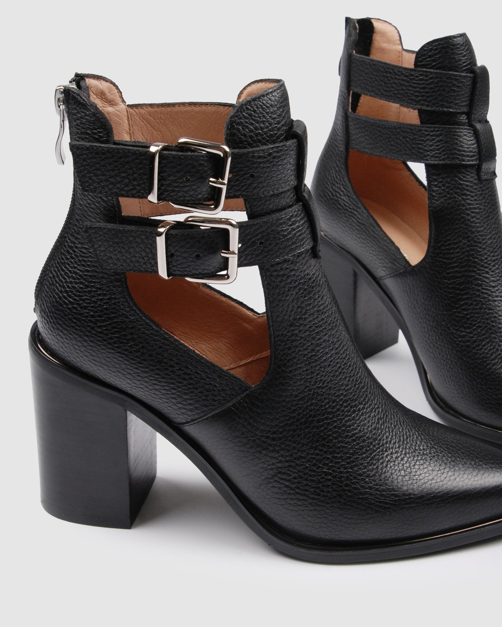 LUCY HIGH ANKLE BOOTS BLACK LEATHER